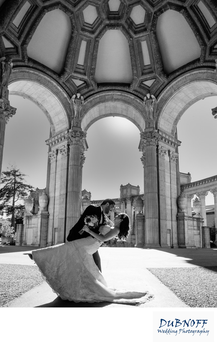 palace of fine arts couple