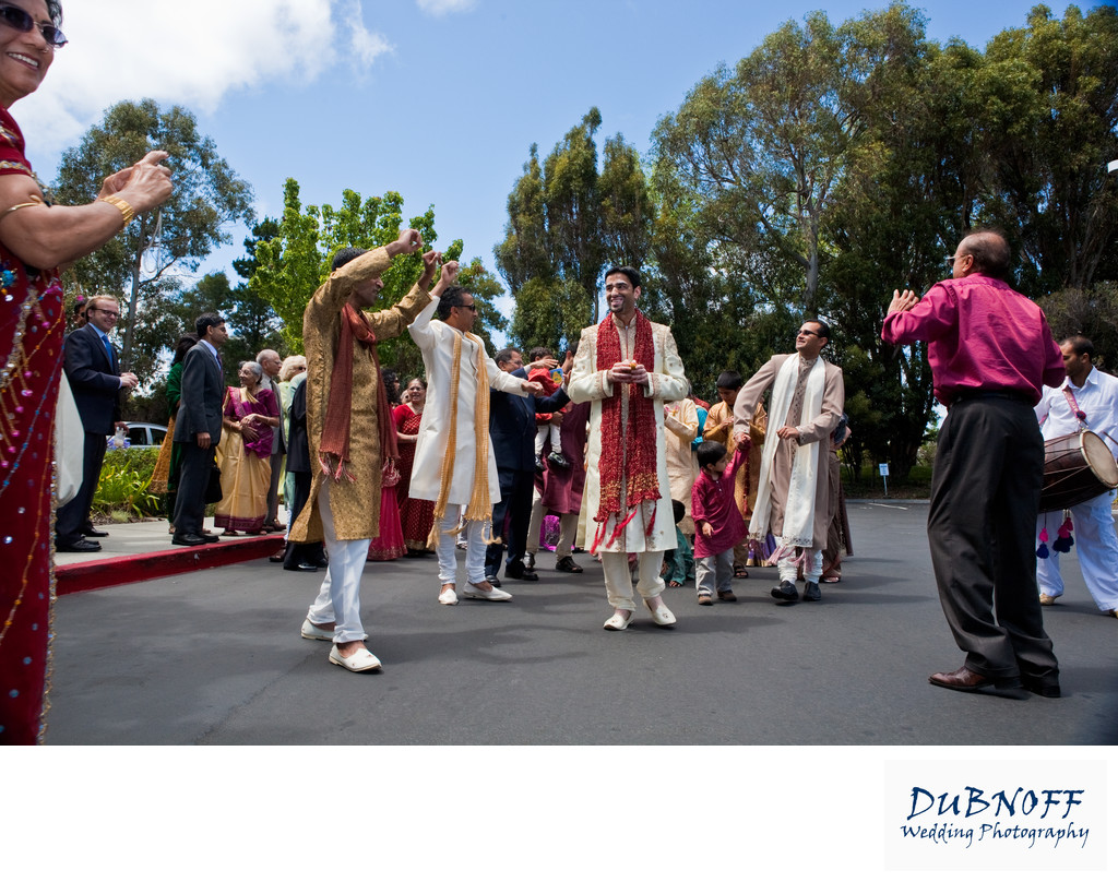 Baraat Ceremony in San Francisco - Wedding Image