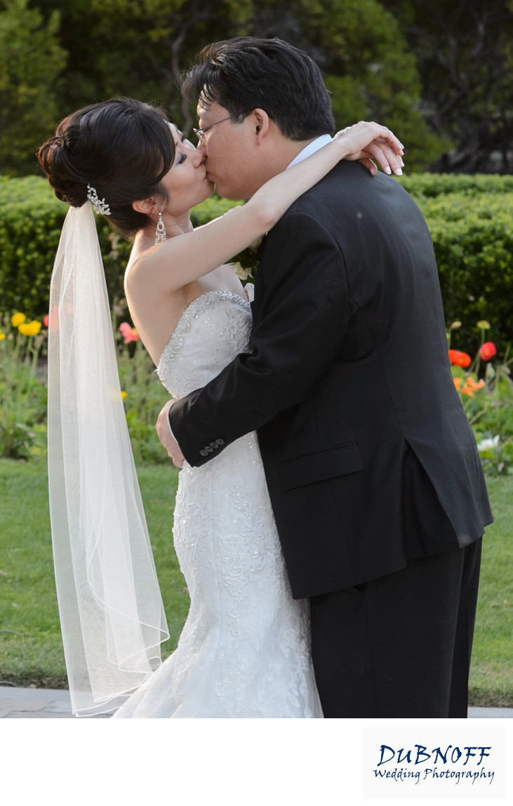 Wente Vineyards  Wedding Kiss in Livermore Valley Wine Country
