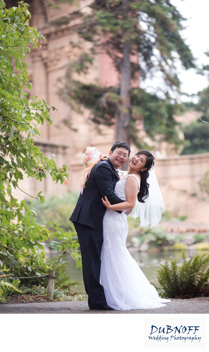 Fun Wedding Photography at the Palace of Fine Arts in SF