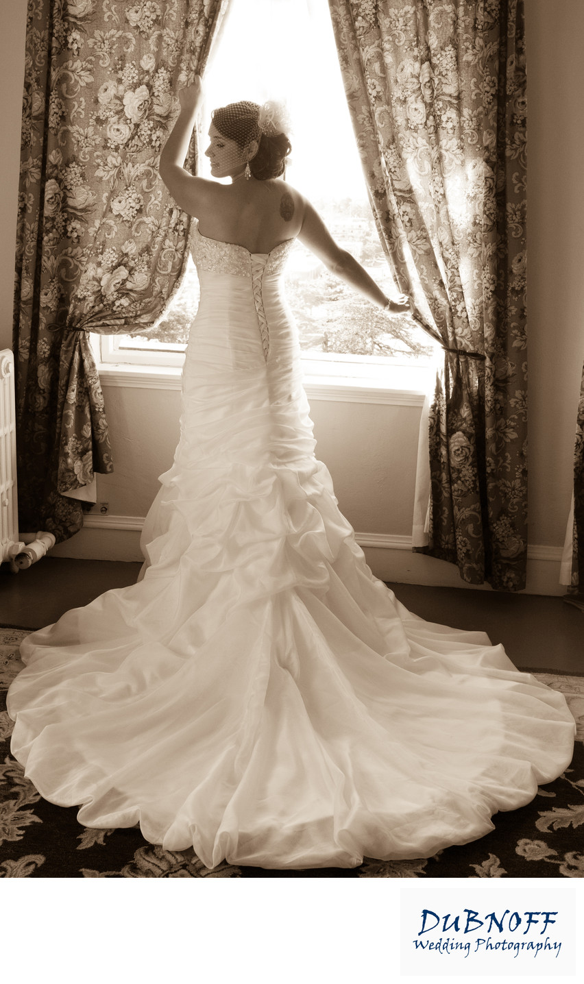 Berkeley City Club Wedding Photography - Back of Dress in the Window