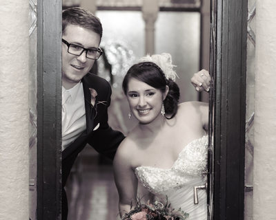 wedding peek door