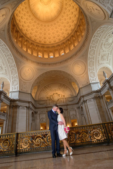 San Francisco City Hall Wedding photography - City Hall Photographer