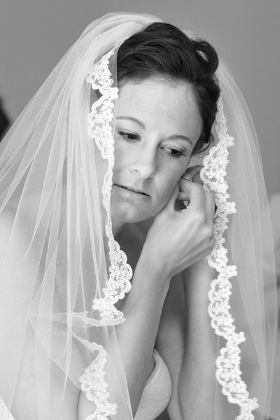 Black and White Bridal Wedding Prep in Walnut Creek, California