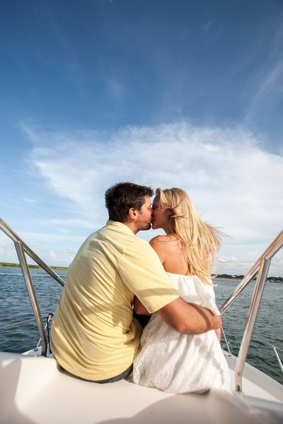 Boat Photo Shoot Of Couple Jacksonville