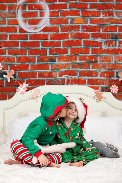 Little Brother & Sister Christmas Photo Shoot JAX