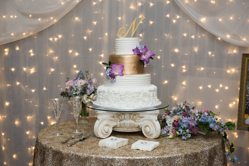Mobile Botanical Gardens Wedding-Couture Cakes