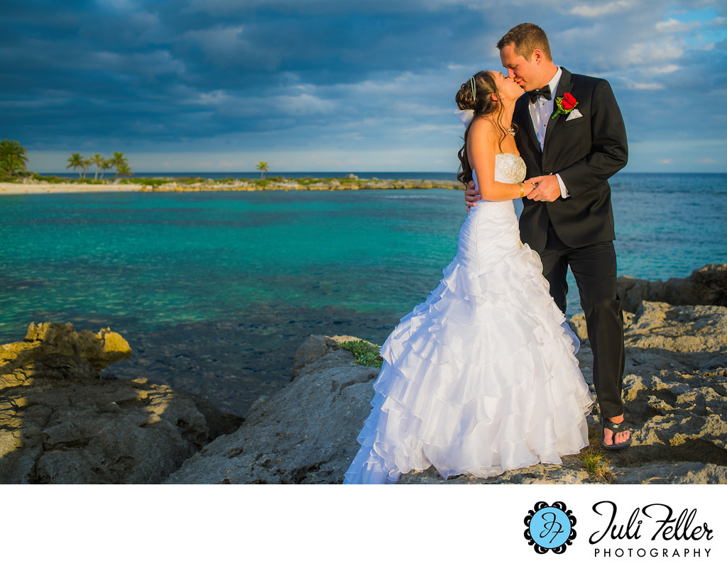 Wedding Photographer Near Me.Riviera Maya Wedding Photographer Near Me Indianapolis Wedding