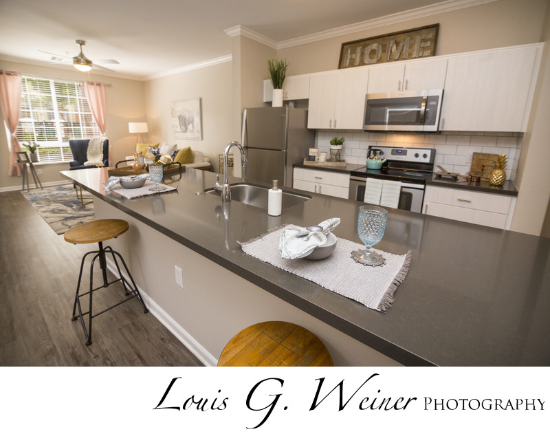 Luxury Victoria Arbors Apartment Homes in Rancho Cucamonga