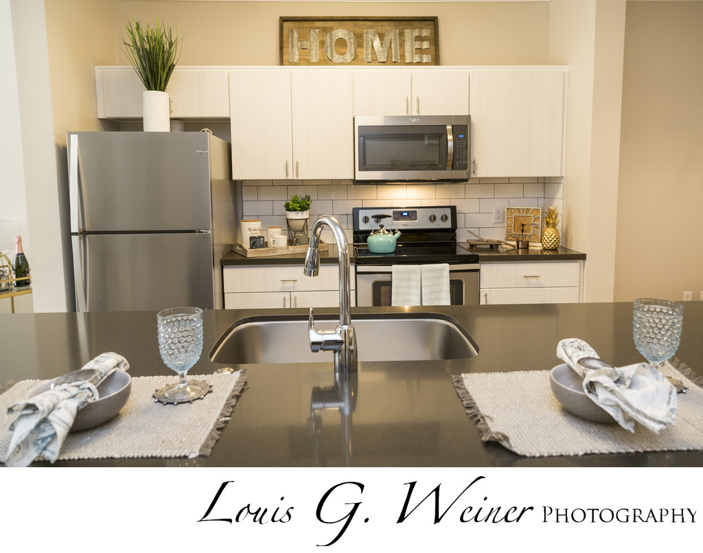 luxury Rentals at Victoria Arbors Apartment Homes