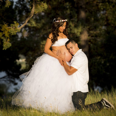 Big Bear lake fashion Maternity portrait session in spring