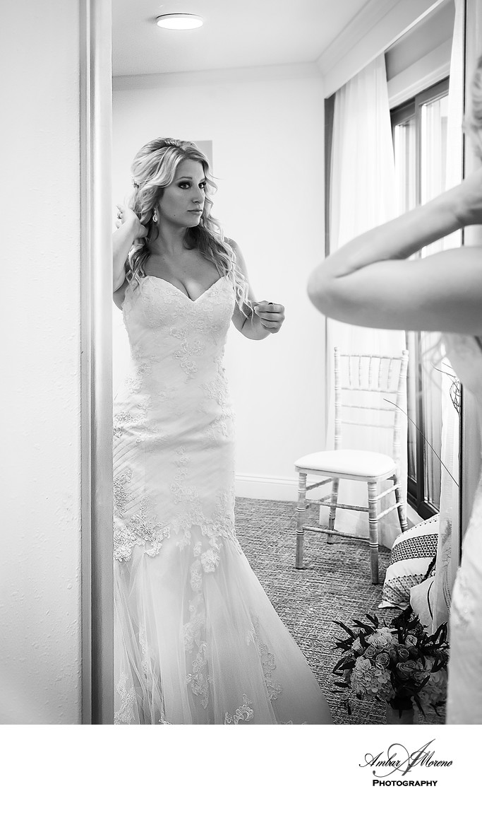 ICONA Golden Inn Wedding | Getting Ready