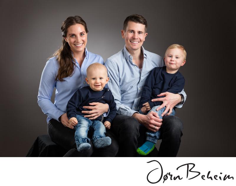 Bestill familiebilder i dag hos din fotograf i Trondheim.