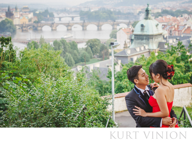 pre wedding photo Prague