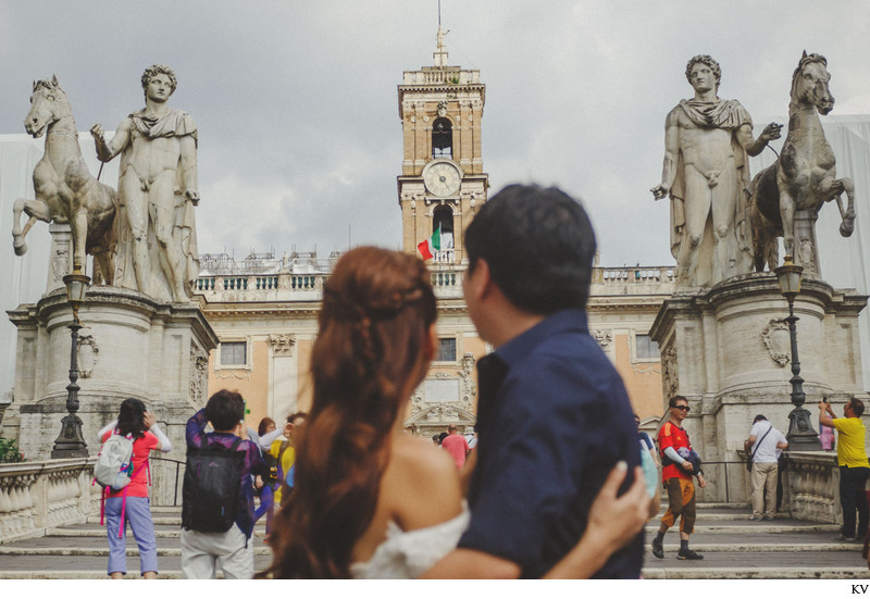 pre wedding photo shoot in Rome, Italy with H&M