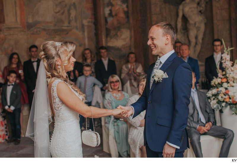 K+M (UK) Vrtba Garden destination wedding in Prague 29