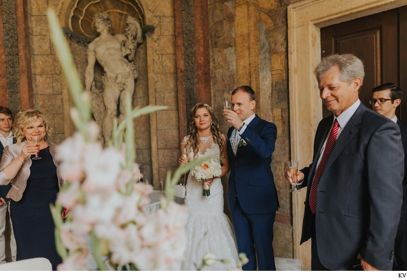 K+M (UK) Vrtba Garden destination wedding in Prague 37