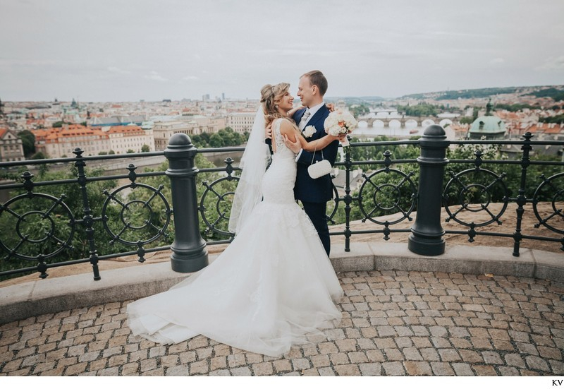 K+M (UK) Vrtba Garden destination wedding in Prague 51