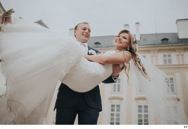 K+M (UK) Vrtba Garden destination wedding in Prague 66