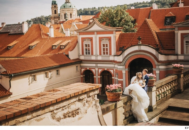 K+M (UK) Vrtba Garden destination wedding in Prague 77