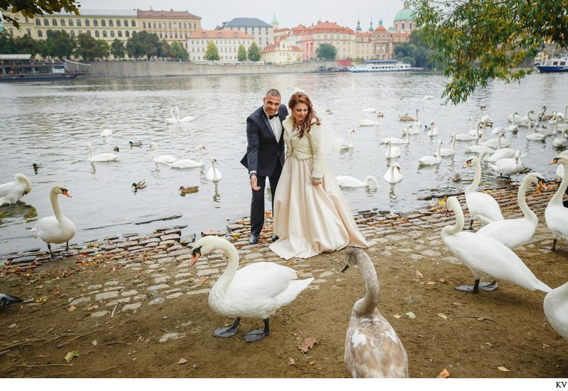 Prague destination wedding at the Troja Chateau 62