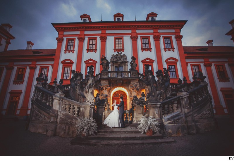 luxury weddings Troja Chateau Prague