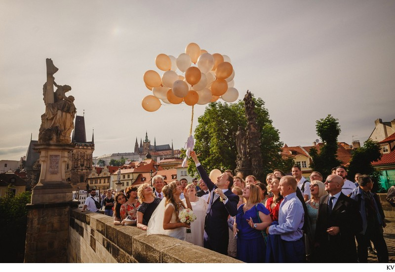 K+M (UK) Vrtba Garden destination wedding in Prague 87