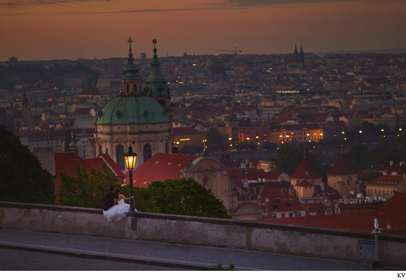 wedding couple overlooking Prague Mala Strana at night