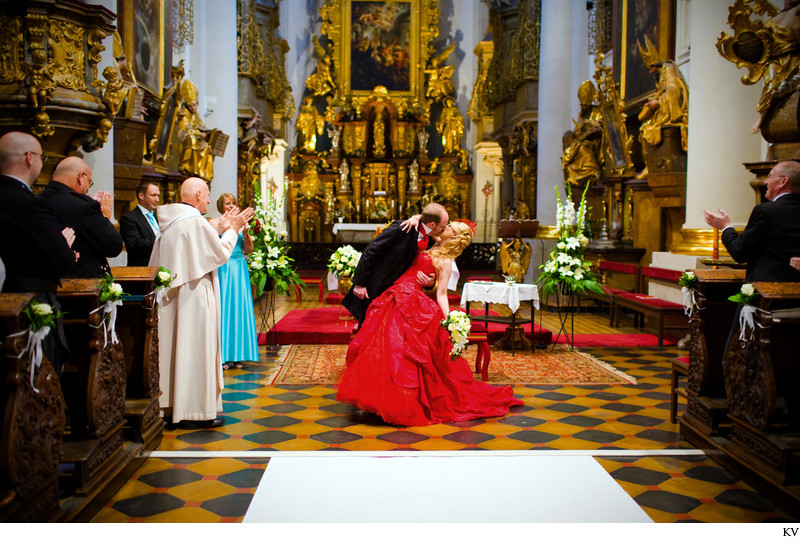 Featured Real Life Wedding S+A Prague St.Thomas wedding