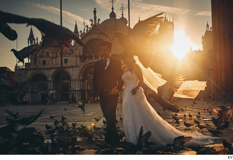 Golden Hour at St. Mark's Basilica Venice pre wedding