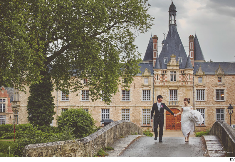 Château d'Esclimont wedding photographer Kurt Vinion
