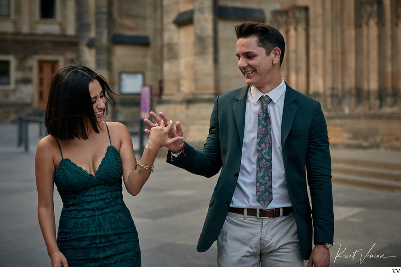 Prague marriage proposal: the happy couple