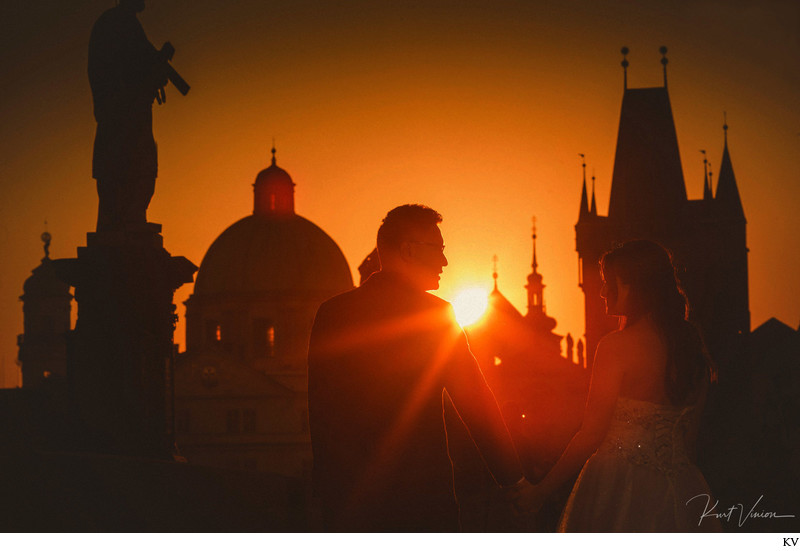 Atmospheric, sun flared sunrise portraits from Prague