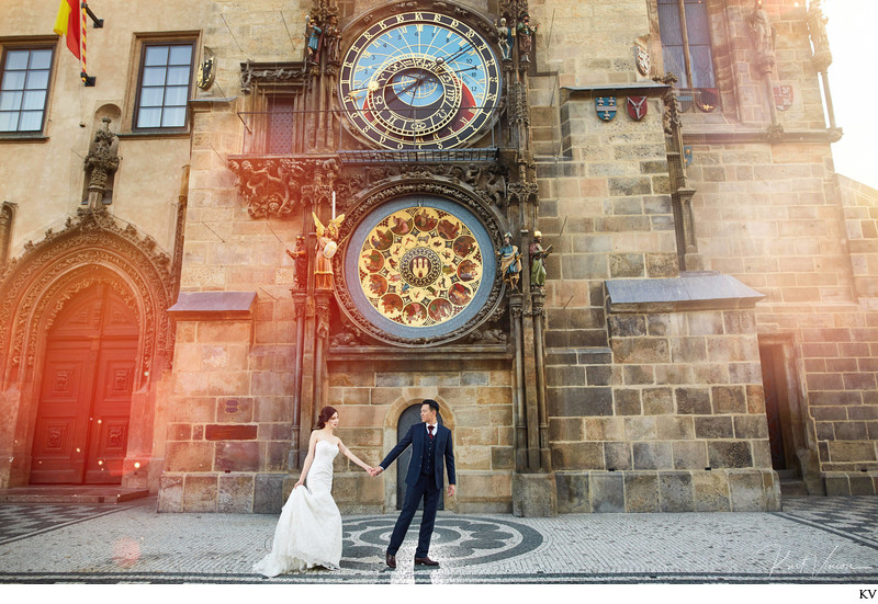 fine art couple Astronomical Clock