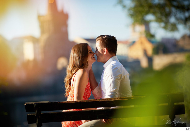 Sunrise Engagement photos L+D Prague