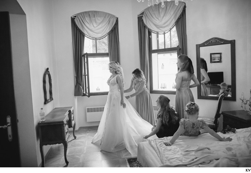Hluboka nad Vltavou Castle B&W wedding photog