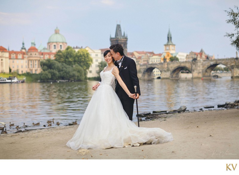 stylish couple from Macau pre wedding Prague