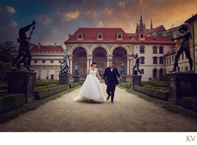 elegant pre wedding couple Wallenstein Garden Prague