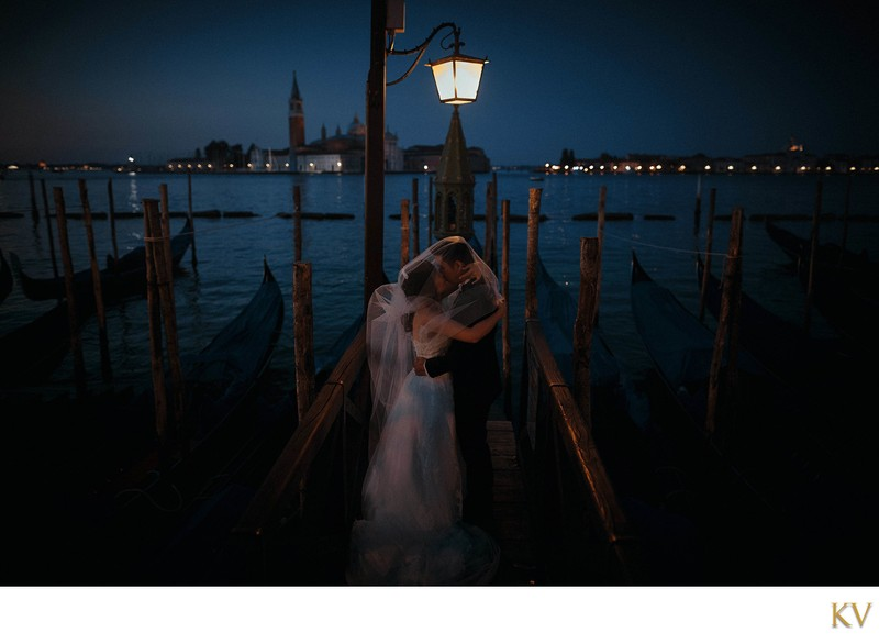 romantic & artistic wedding photos from Venice, Italy