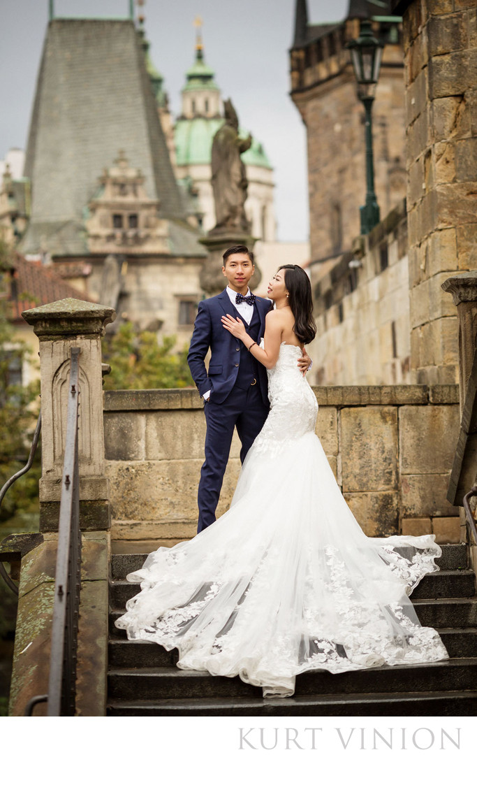 overseas pre wedding photos Prague