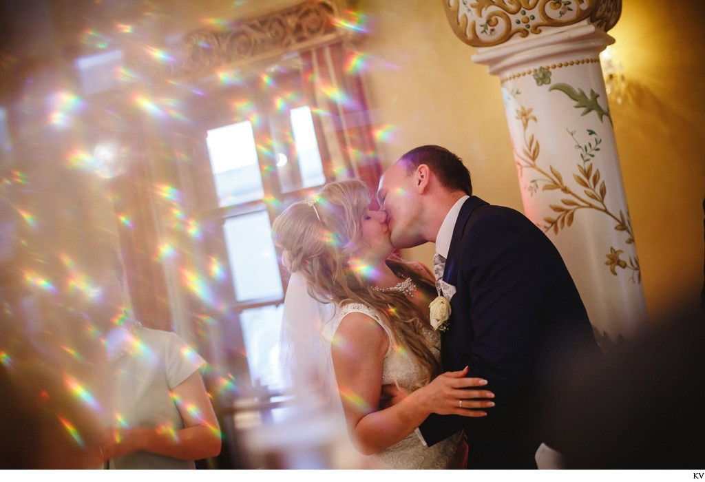 another kiss for the bride & groom