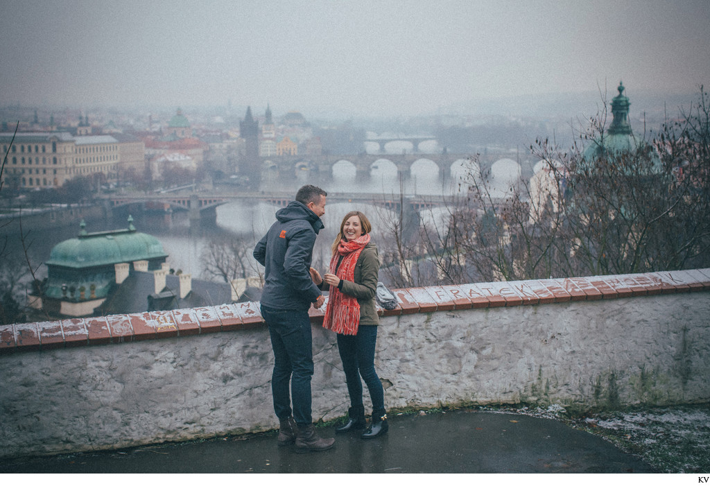 N&J marriage proposal overlooking Prague