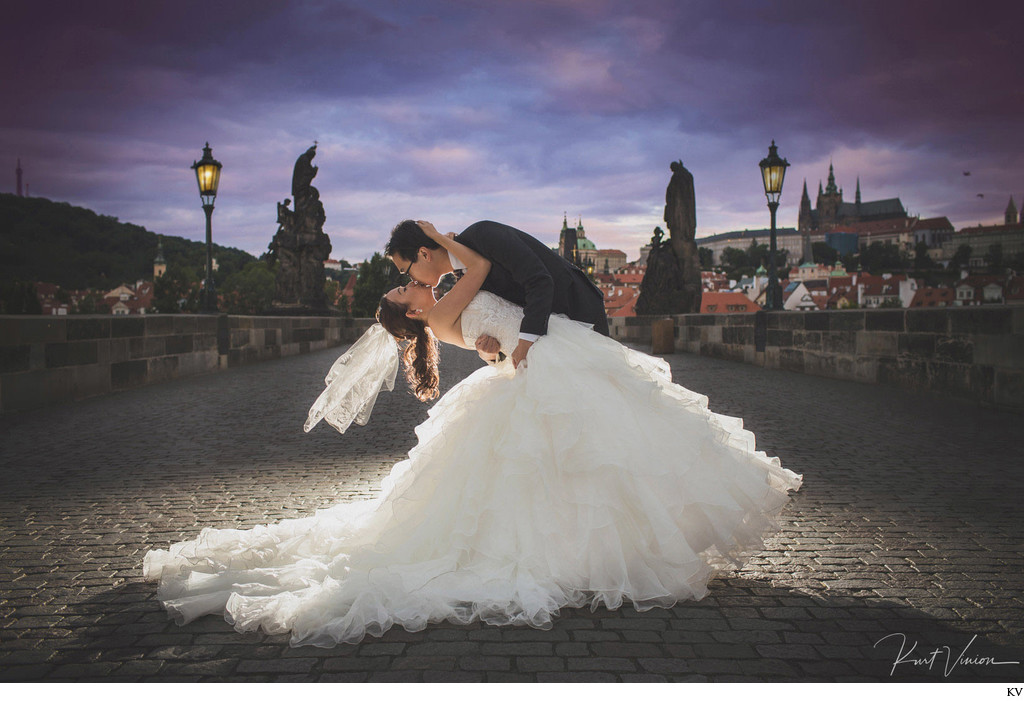 A magical kiss atop the Charles Bridge