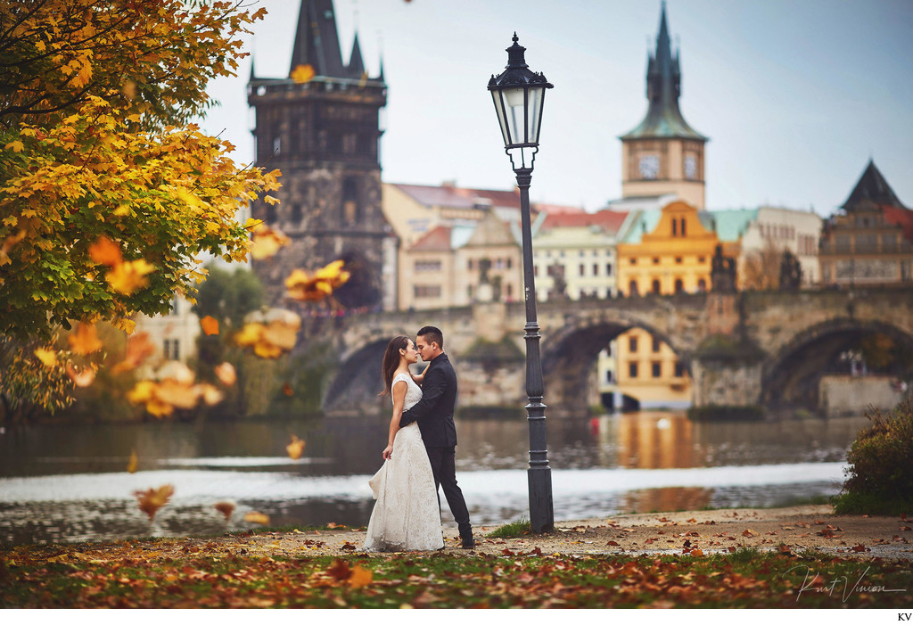 Autumn embrace near the Charles Bridge