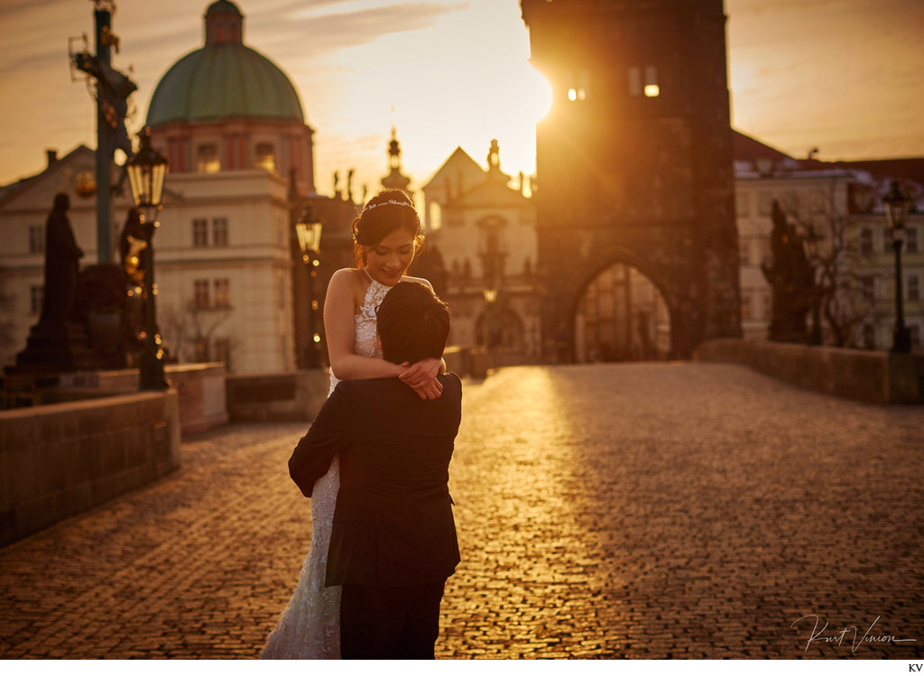 spinning his bride2be Charles Bridge Sunrise photo