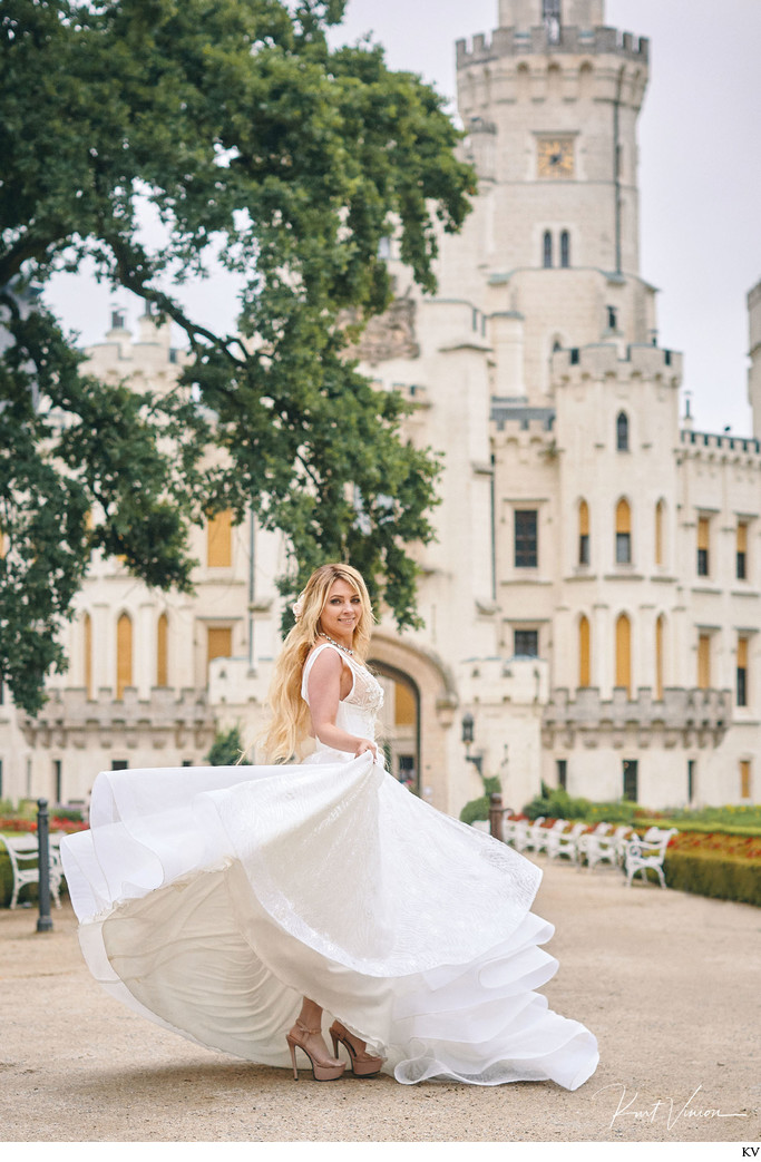 Beautiful bride from Russia Castle Hluboka wedding day