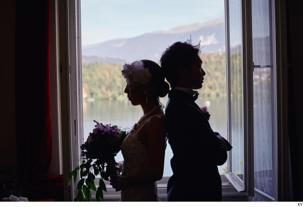 wedding day couple portrait I Silhouette I Vila Bled