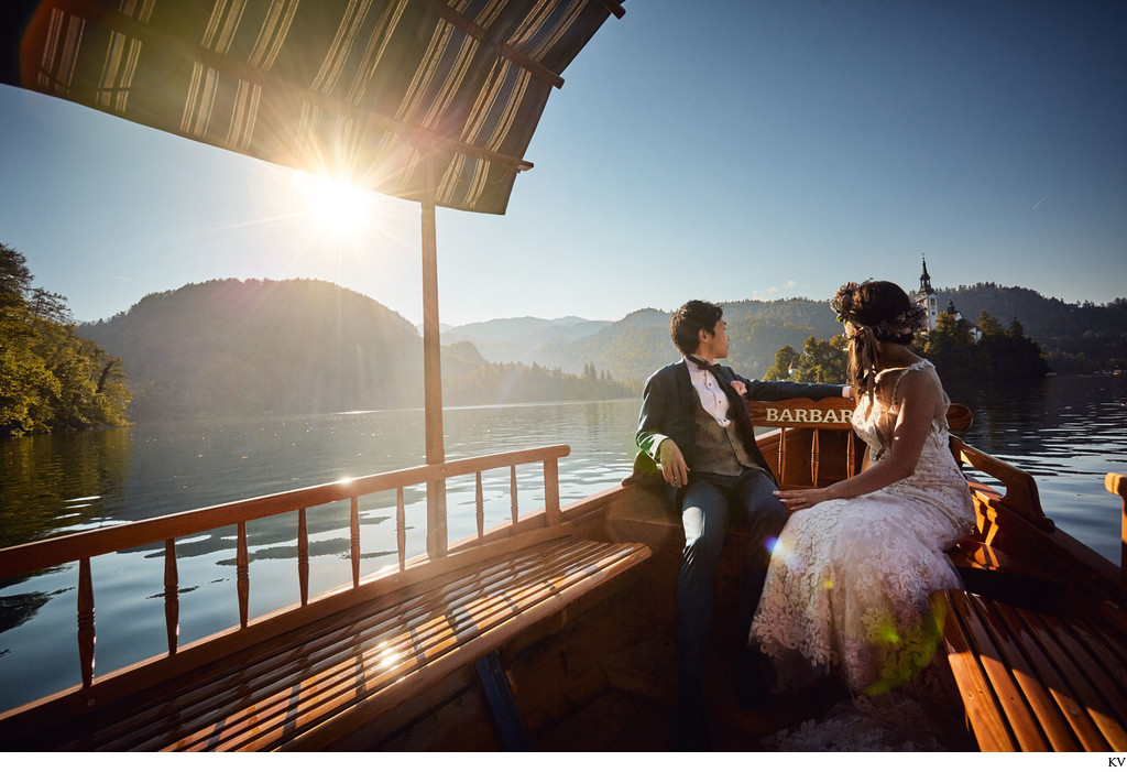Lake Bled wedding I boat ride Golden Light Hour