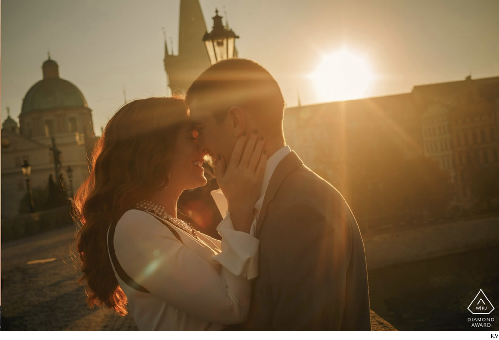 WPJA Award - Prague -Best of 2018 Sunrise Kiss