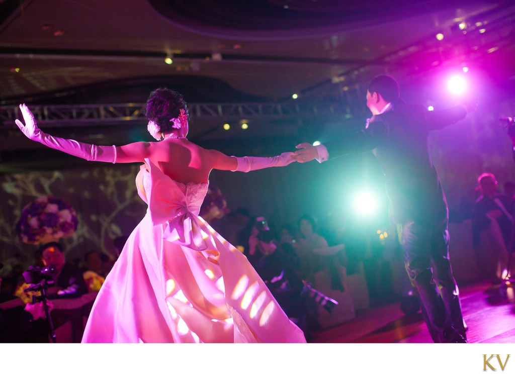 1st dance of newlyweds Hotel Intercontinental Hong Kong